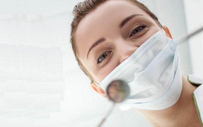 Skuteczność ozonoterapii oraz laseroterapii biostymulacyjnej w gojeniu  patologicznych kieszeni przyzębnych